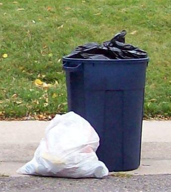 image-omaha-trash-pick-up-Elk-Creek-Crossing
