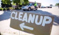 signage-omaha-spring-clean-up-site