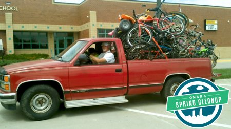 rich-settje-drives-truck-filled-bikes